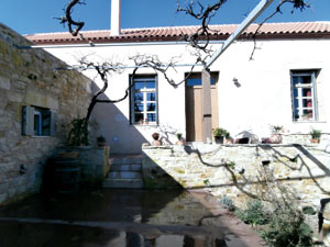 renovated house in fres, Crete