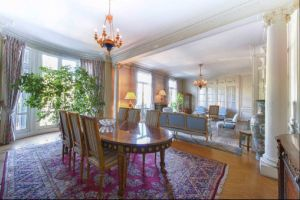 Beautiful apartment situated in a XIX century haussmanian building in the 16th arrondissement 3