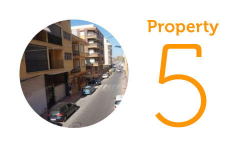 Property 5: Two-bedroom apartment in centre Torrevieja
