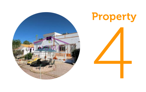 Property 4: Four-bedroom villa in Benafim