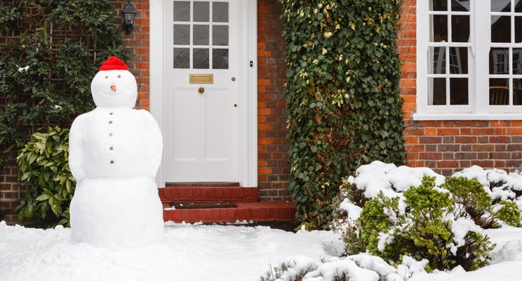 Keeping Your Holiday Home Safe This Christmas
