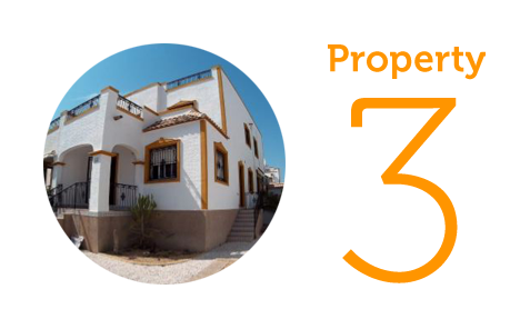 Property 3: Three-bedroom house in Entre Naranjos