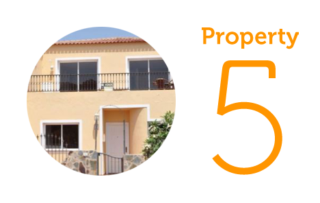 Property 5 - €165,000 Three-bedroom house in El Roque
