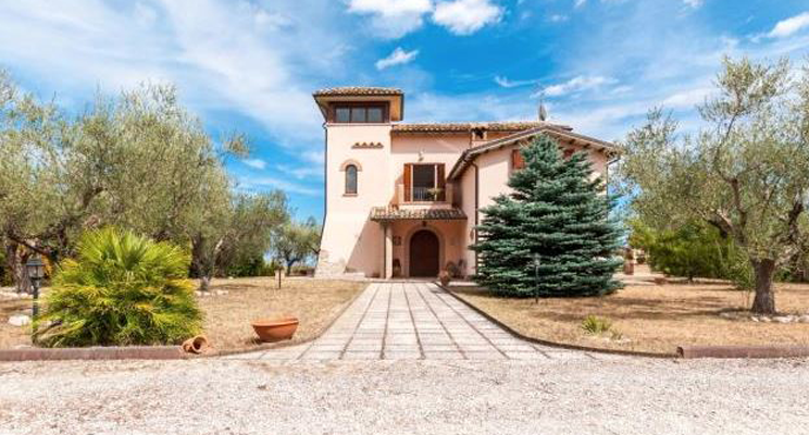 The Italian Property Selection - 24th January
