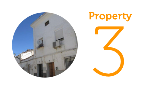 Property 3: Three-bedroom townhouse in Alcaudete