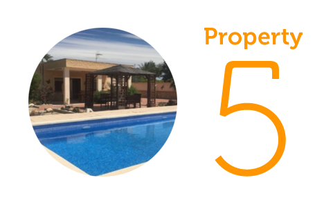 Property 5: Four-bedroom villa in Albatera