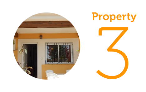 Property 3: Two-bedroom townhouse in Roda