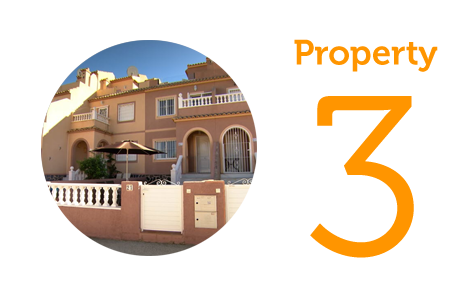 Property 3 Three-bed townhouse in Mont Y Mar