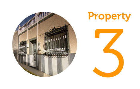 Property 3 Five-bed townhouse in Turre