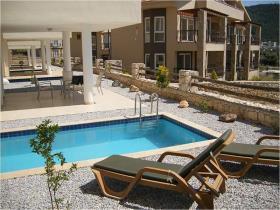 Image No.0-Maison / Villa de 3 chambres à vendre à Akbuk