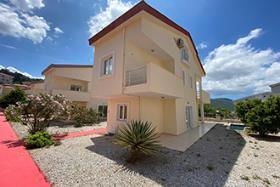 Image No.1-Maison / Villa de 3 chambres à vendre à Akbuk