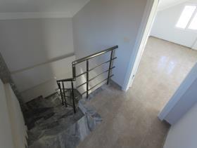 Image No.1-Villa de 4 chambres à vendre à Altinkum