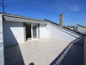 Image No.4-Villa de 4 chambres à vendre à Altinkum