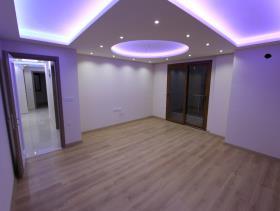 Image No.3-Appartement de 3 chambres à vendre à Altinkum
