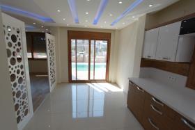 Image No.5-Villa de 3 chambres à vendre à Altinkum