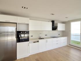 Image No.3-Appartement de 2 chambres à vendre à Side