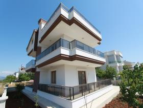 Altinkum, Villa / Detached