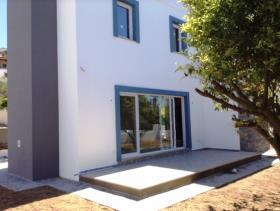 Image No.2-Villa / Détaché de 2 chambres à vendre à Kadikalesi