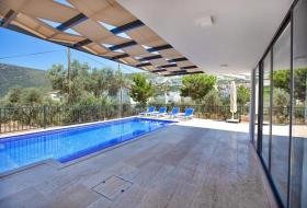 Image No.8-4 Bed Villa / Detached for sale