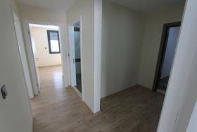 Image No.6-Appartement de 2 chambres à vendre à Altinkum