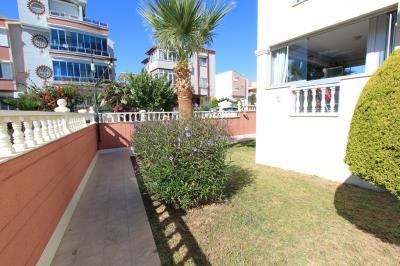 lovely-garden-areas--modern-apartment-on-royal-marina--altinkum