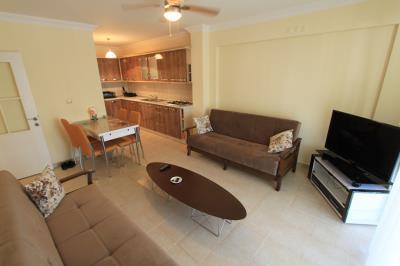 lovely-lounge--modern-apartment-on-royal-marina--altinkum