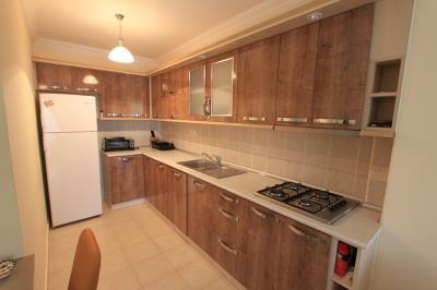 top-quality-kitchen--modern-apartment-on-royal-marina--altinkum