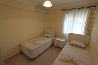 twin-bedroom--modern-apartment-on-royal-marina--altinkum