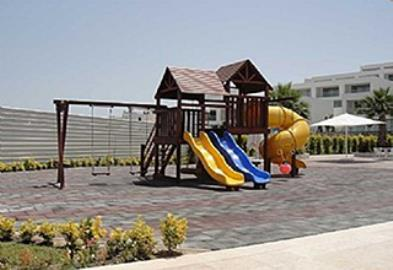 childrens_play_area1