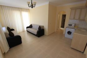 Image No.2-Appartement de 1 chambre à vendre à Altinkum