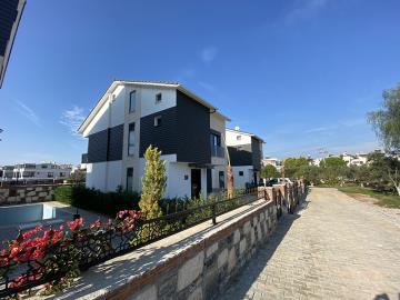Walled-Villas--Detached-Mavisher-Villa--Altinkum