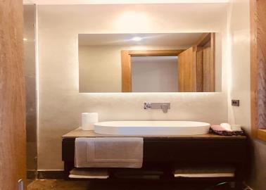 fitted-bathroom--luxury-sea-view-villas--bodrum