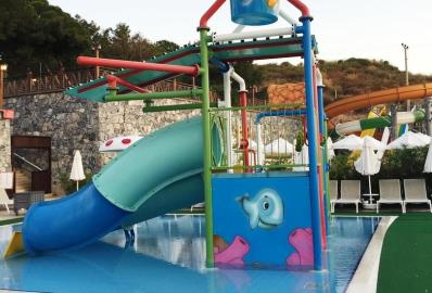 waterslides--ramada-resort-apartment--kusadasi