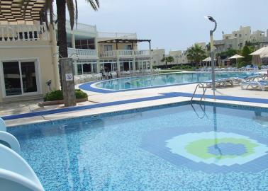 communal-pools--key-ready-turquoise-villa--bodrum
