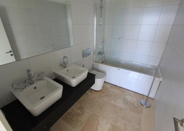 fitted-bathroom--two-bed-duplex-on-horizon-sky--bodrum