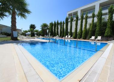 large-communal-pool--two-bed-duplex-on-horizon-sky--bodrum