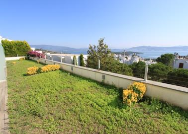 sea-view-from-garden--two-bed-duplex-on-horizon-sky--bodrum
