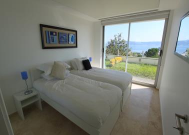 twin-bedroom-with-garden--two-bed-duplex-on-horizon-sky--bodrum