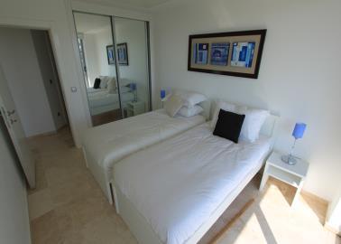 twin-bedroom--two-bed-duplex-on-horizon-sky--bodrum