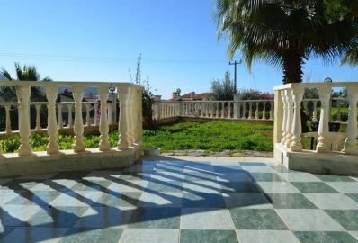 lovely-terrace--sea-view-villa--alanya