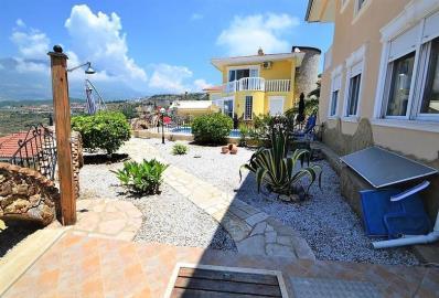 lovely-garden--key-ready-sea-view-villa--alanya