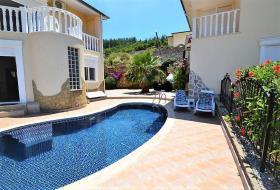 Image No.2-Villa / Détaché de 4 chambres à vendre à Kargicak