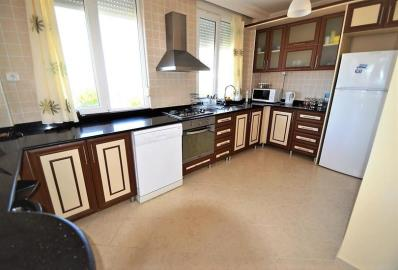 well-fitted-kitchen--key-ready-sea-view-villa--alanya