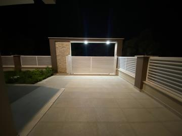 private-entrance-and-driveway