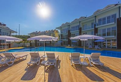 communal-pool--luxury-two-bed-apartment-in-oludeniz