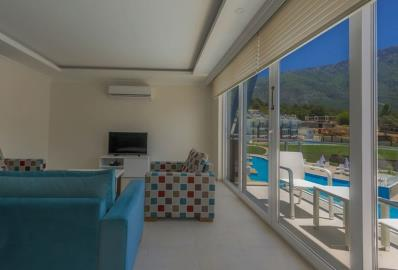 lovely-balcony--luxury-two-bed-apartment-in-oludeniz