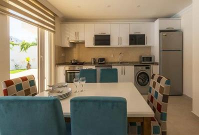 modern-kitchen--luxury-two-bed-apartment-in-oludeniz