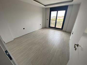Bedroom-with-juliette-balcony