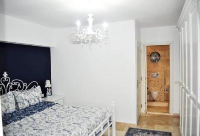 double-bedroom-with-en-suite
