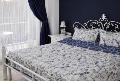 good-size-double-bedroom